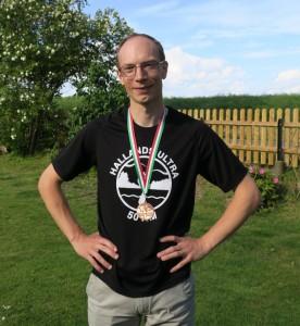 Medalj och T-shirt som minne av ett härligt lopp.
